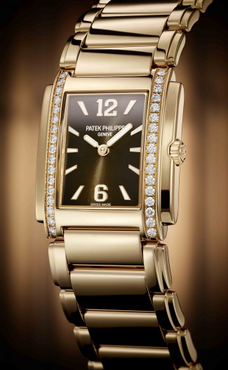 Patek Philippe, 4910/1201R_001_PRESS
